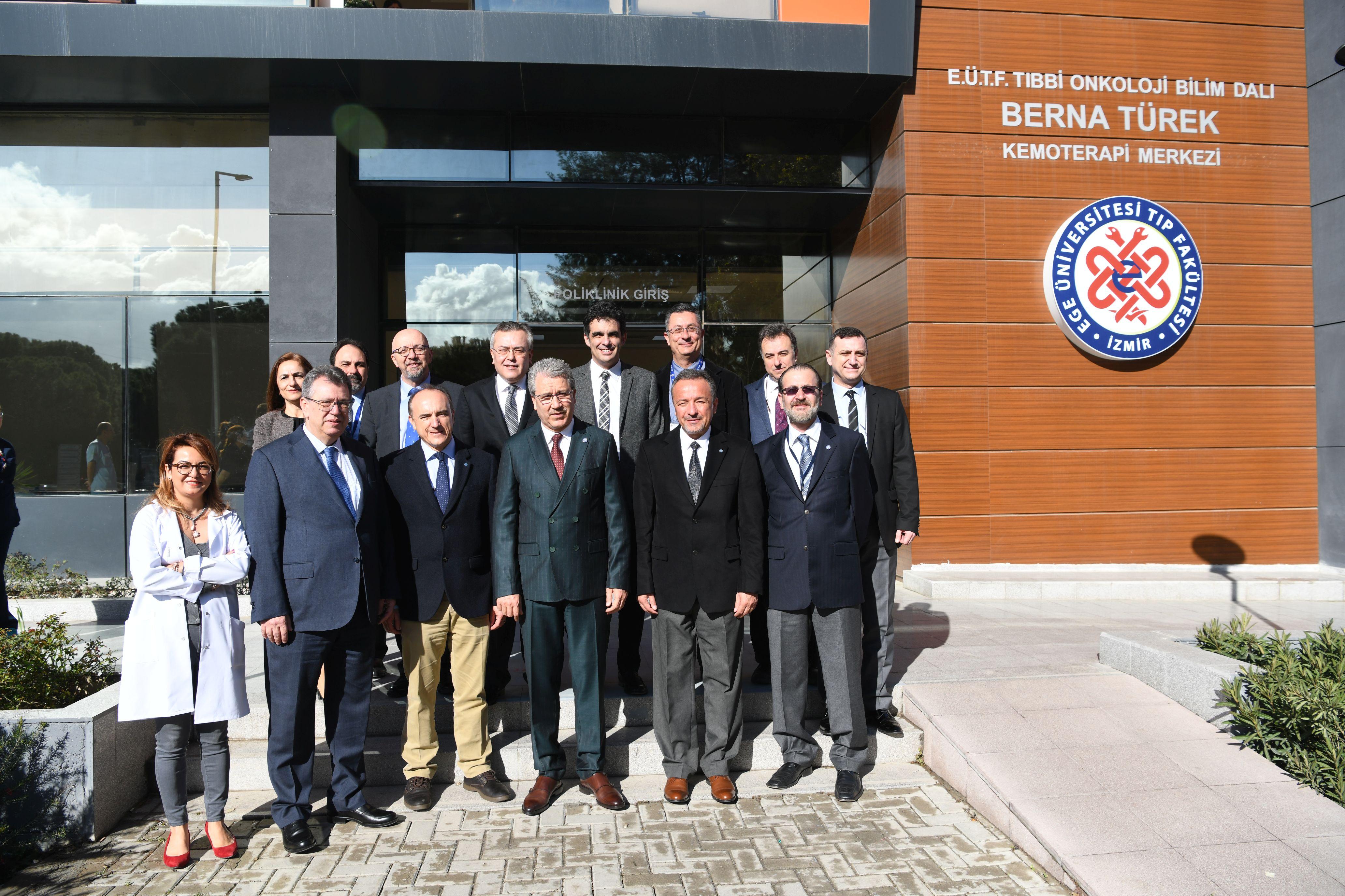Ege Üniversitesi'nden kanser hastalarına Dünya standartlarında hizmet