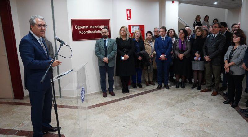 Rektör Budak, yeniden yapılandırılan Egeuzem'in açılışını yaptı