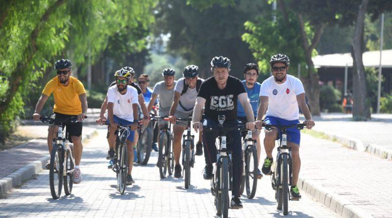 EÜ'de dizayn edilen modern bisiklet yolları ile pedallar 5 bin 500 metre aralıksız dönüyor