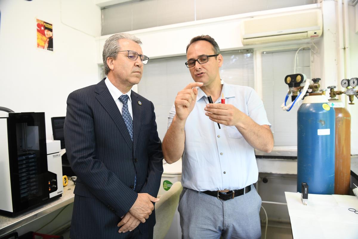 ++Prof. Dr. Necdet Budak- Doç. Dr. Levent Pelit